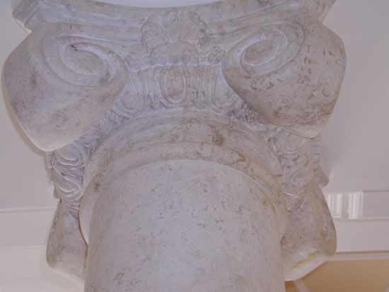 Ionic Columns - Close Up