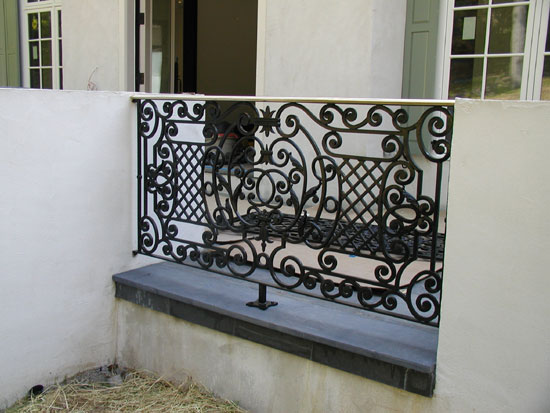Patio Rail with Bronze