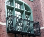 iron-balcony-with-support-b