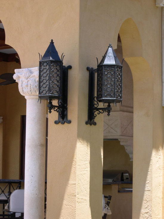 Moroccan Exterior Wall Mount