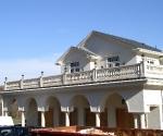 red-bak-nj-balcony-and-garage-area